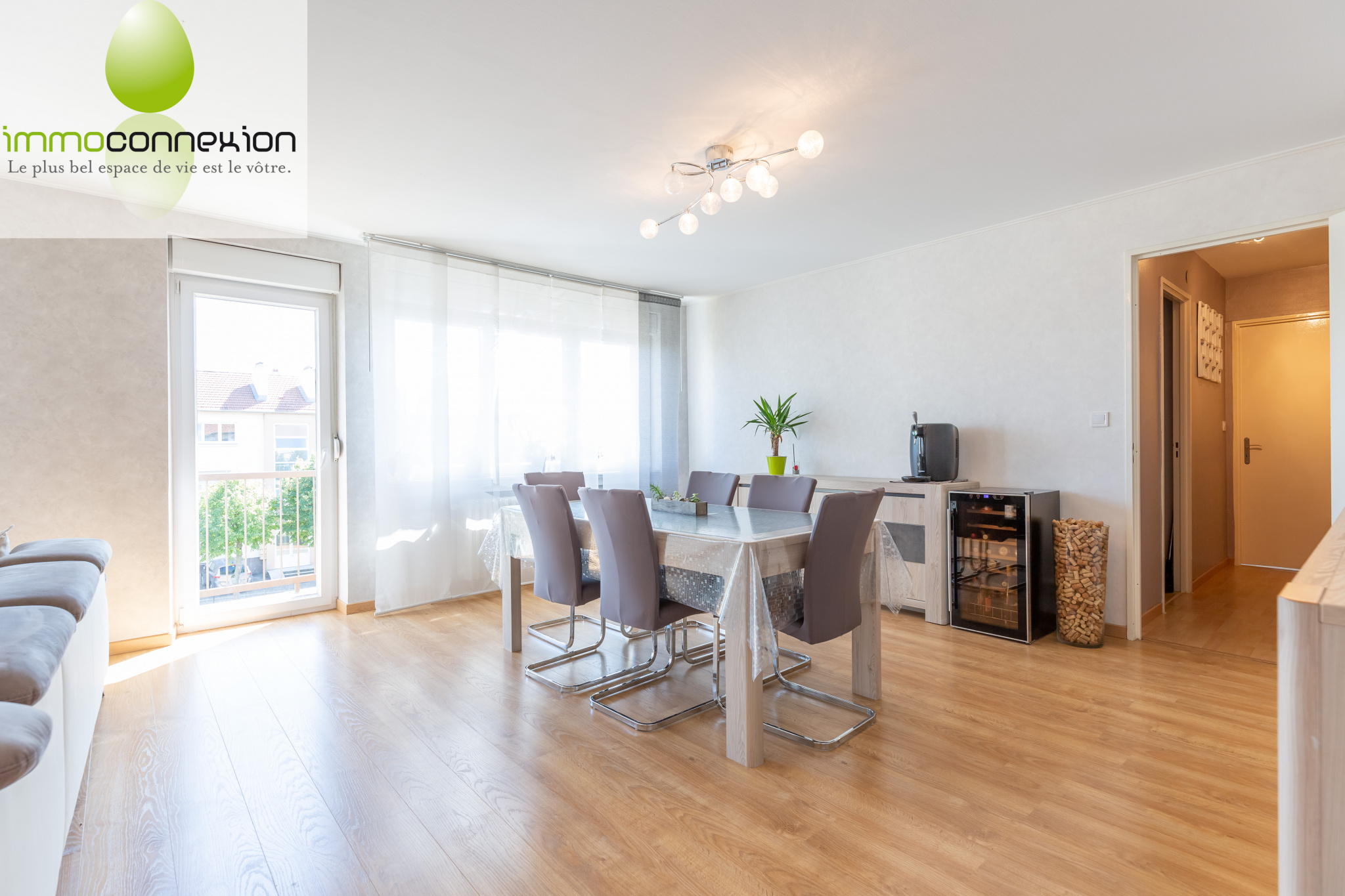 APPARTEMENT BOUSSE SALON SEJOUR