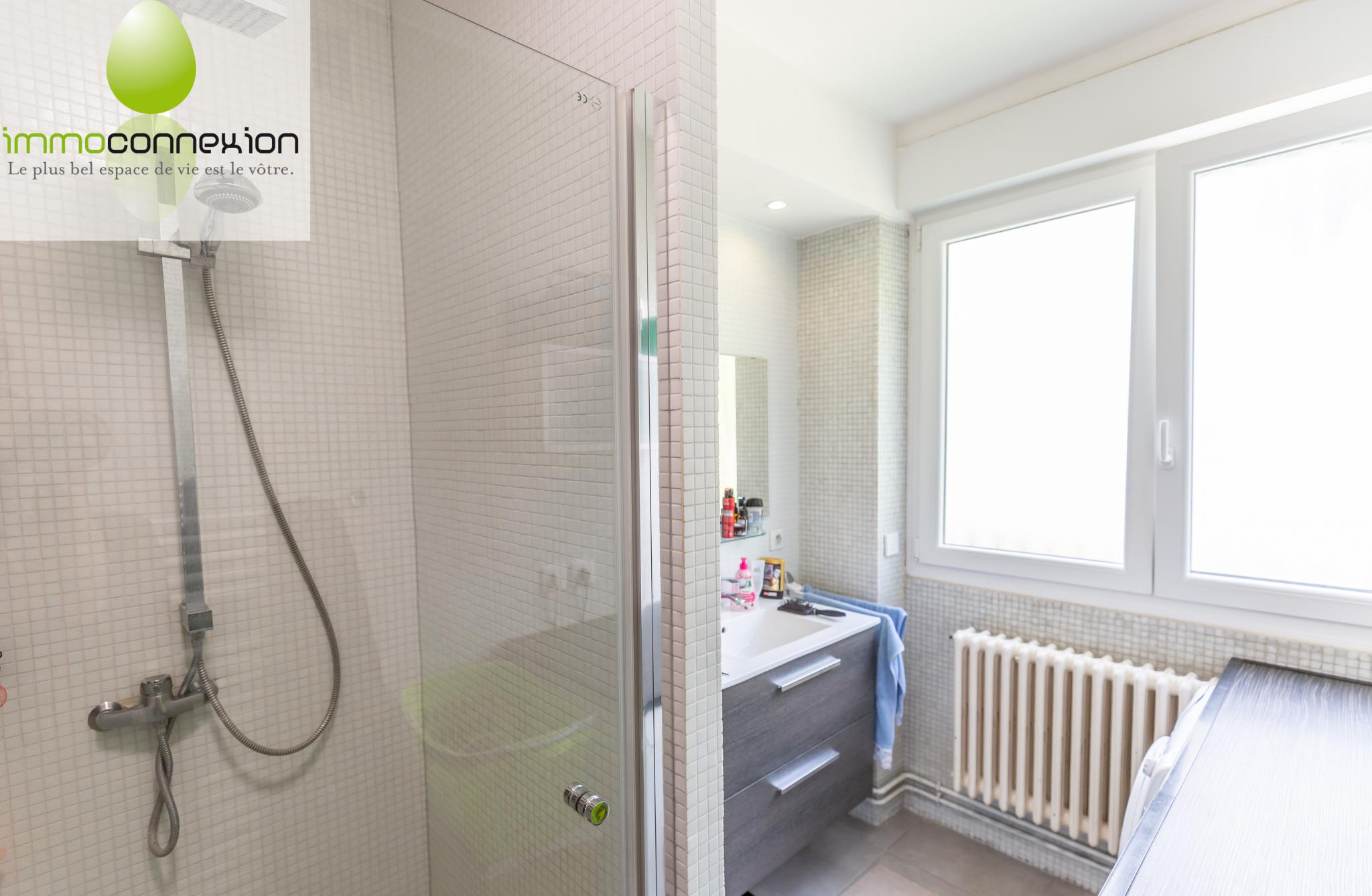 salle de bain appartement f5 guenange