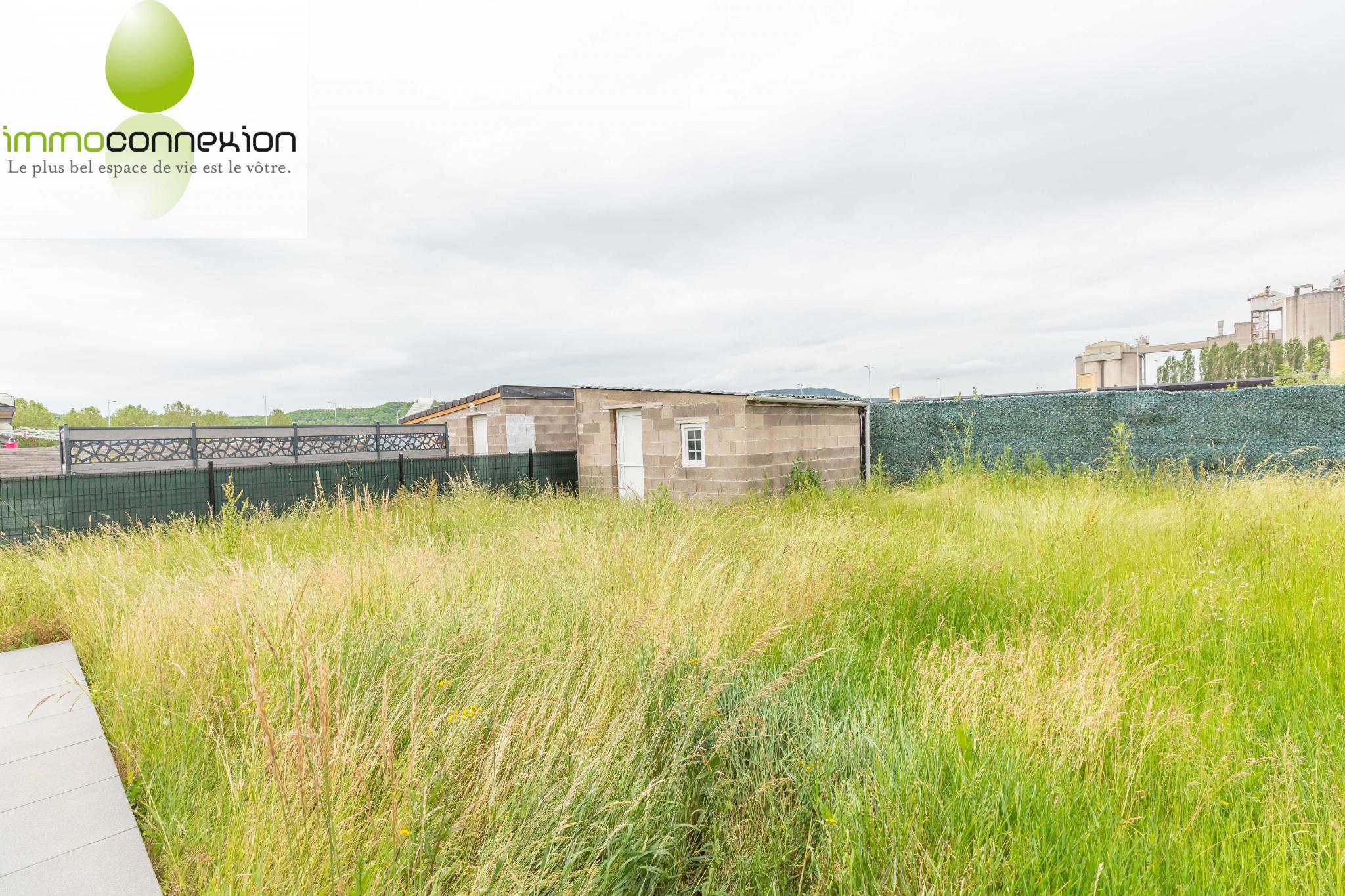 Maison Amnéville vue jardin et remise