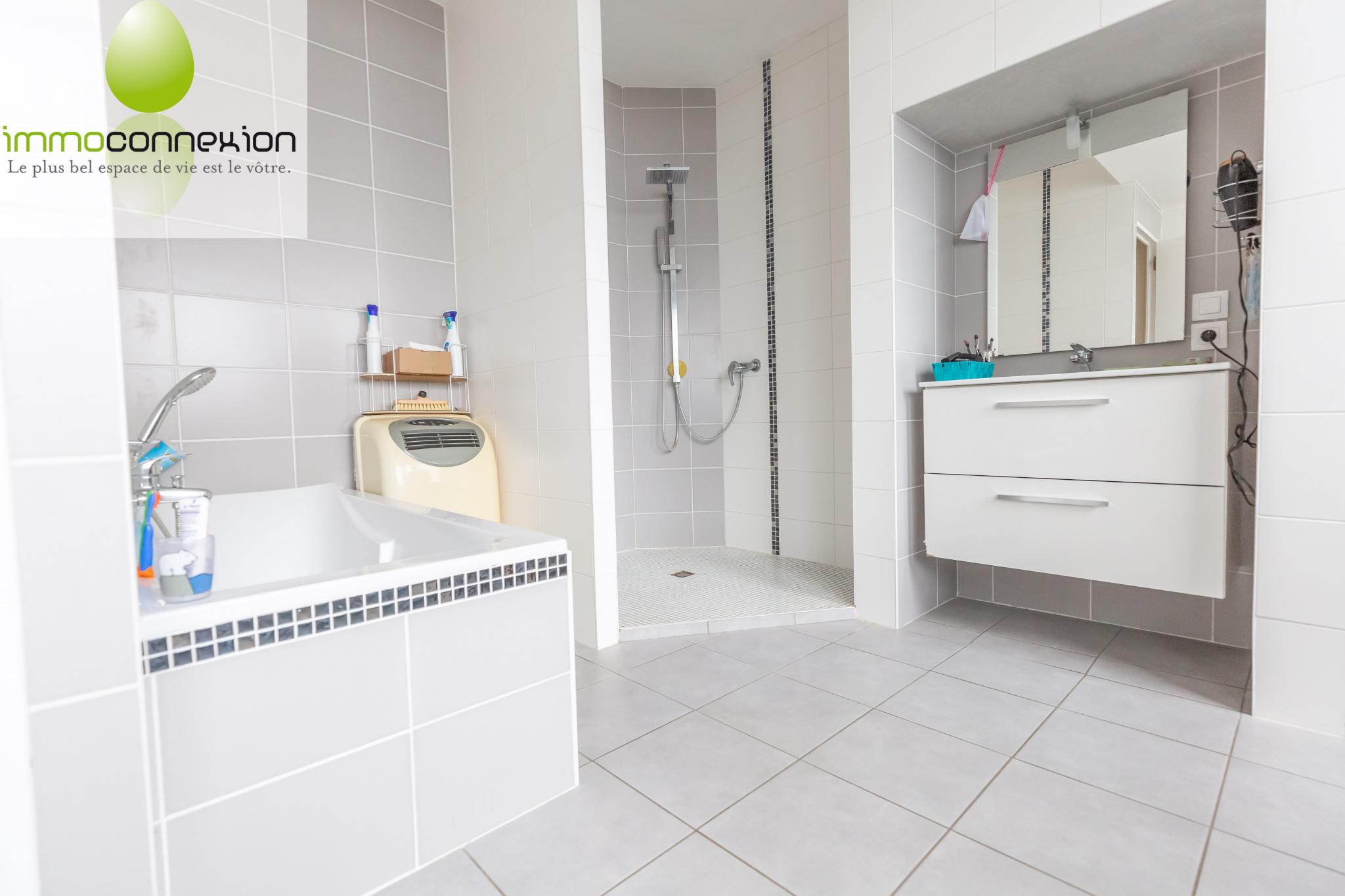 appartement salle de bain guenange