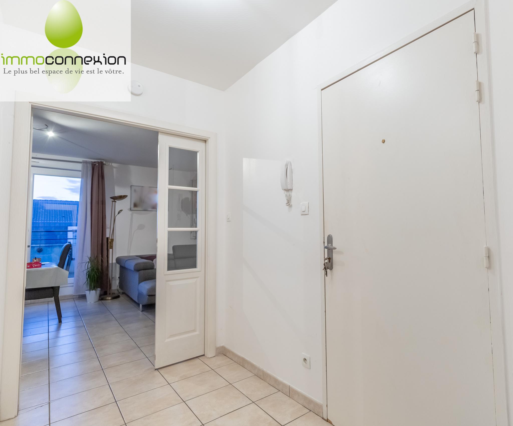 APPARTEMENT TREMERY ENTREE