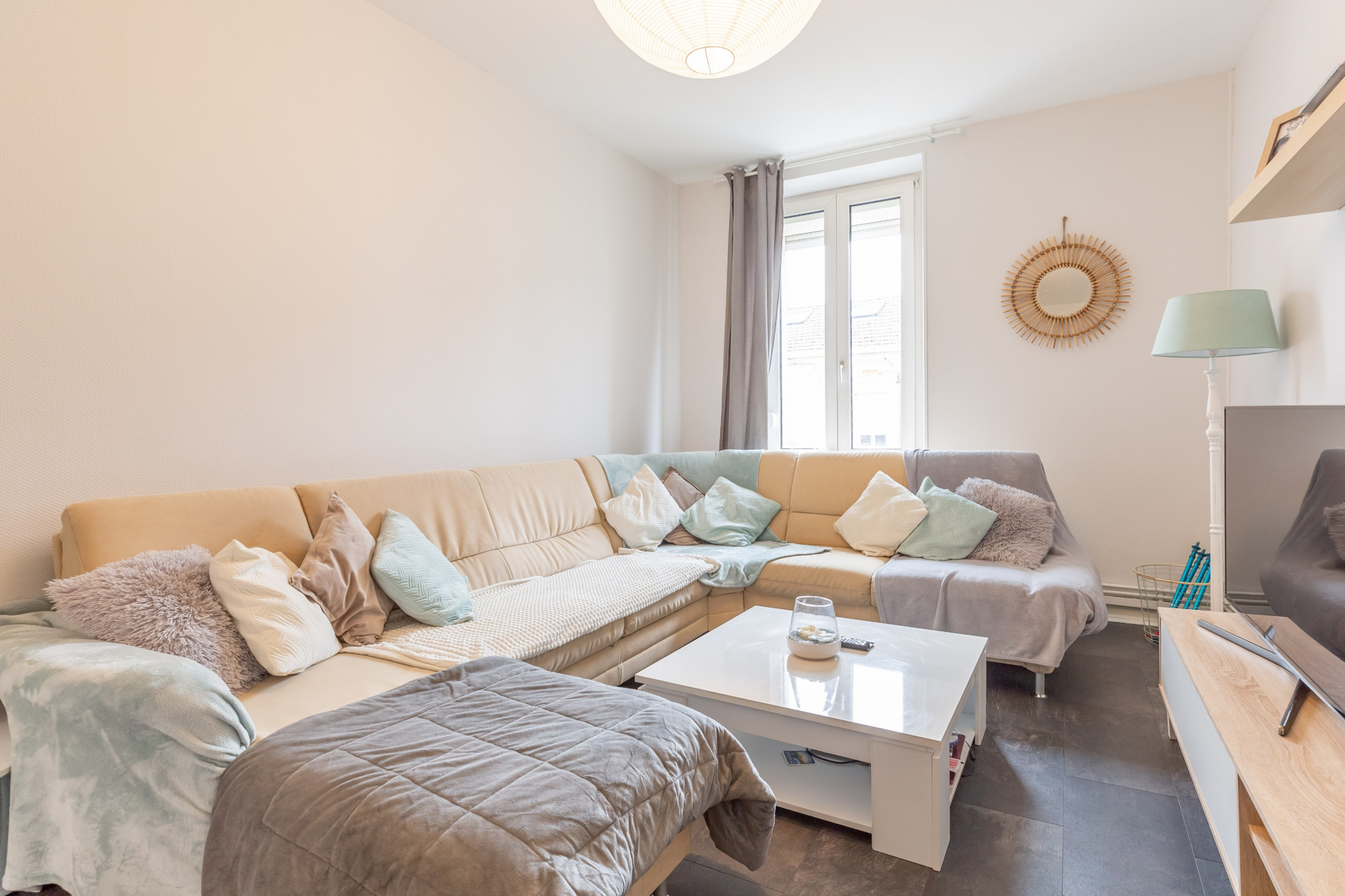 clouange salon appartement premier etage