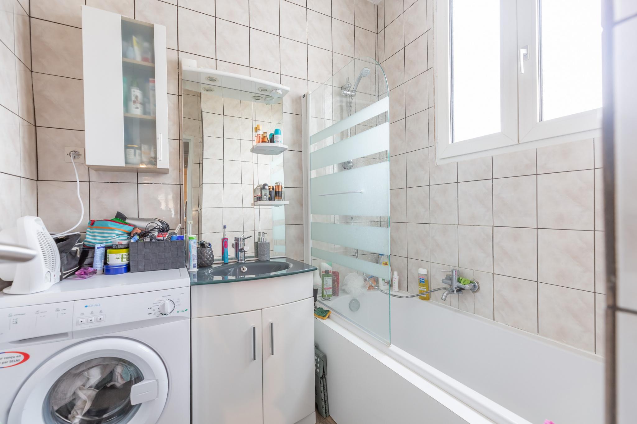 clouange salle de bain appartement premier etage
