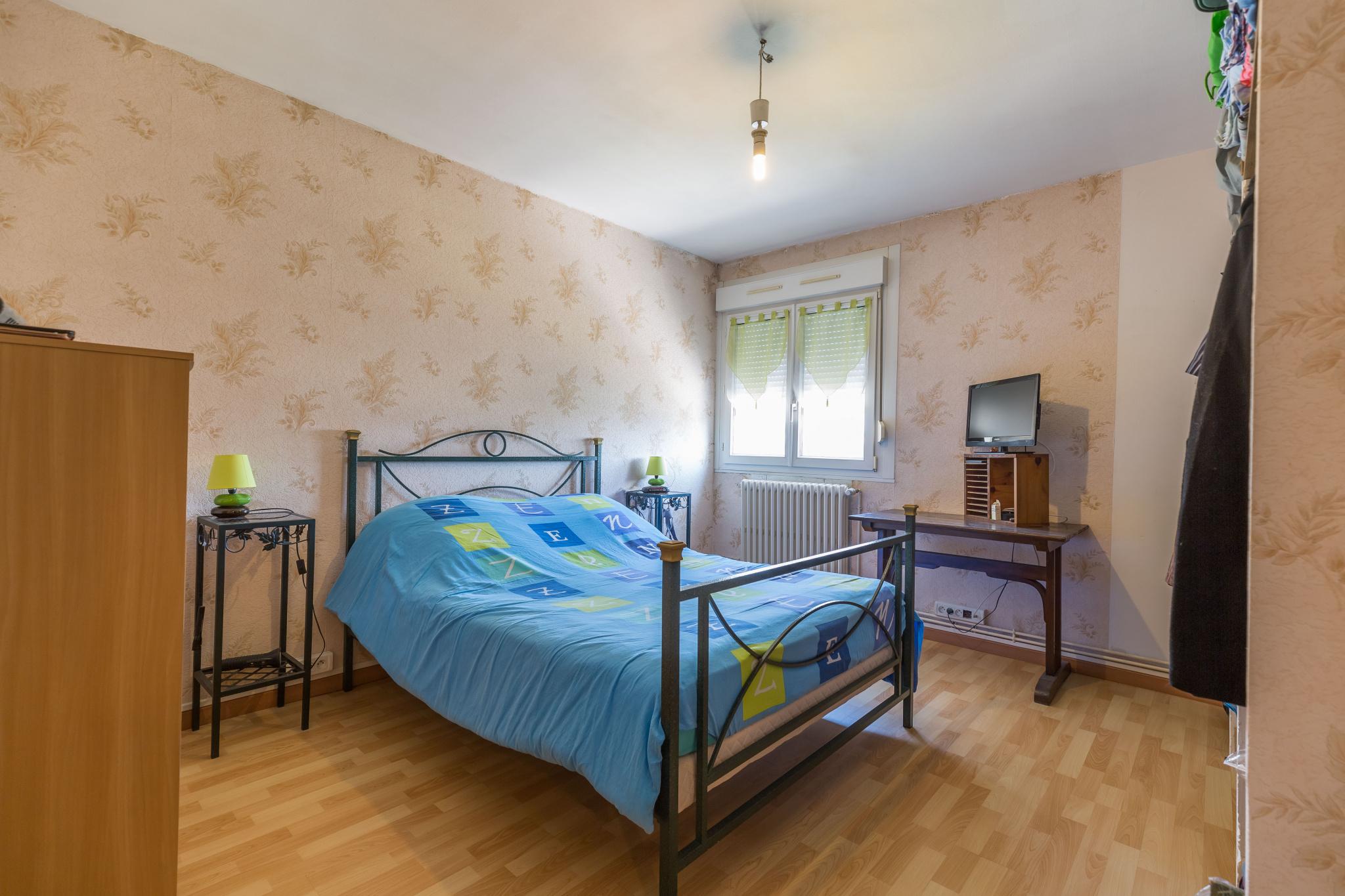 Maison clouange chambre